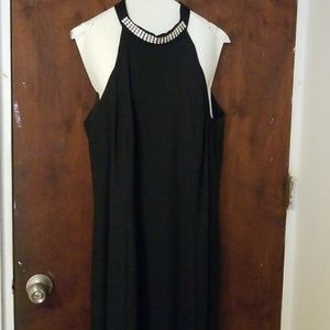 Dresses & Skirts - Night Formal Dress